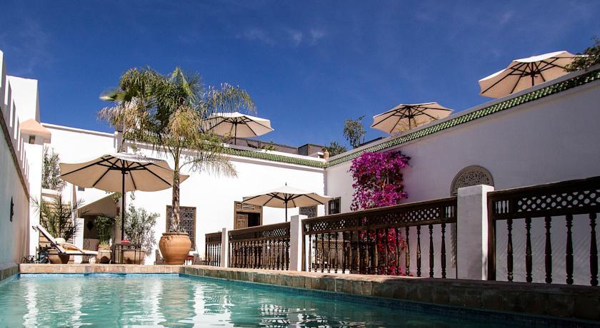 Tr s beau riad de charme magnifique riad r put for Riad marrakech piscine chauffee