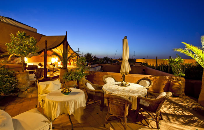 Riads de charme Marrakech : By night en terrasse !